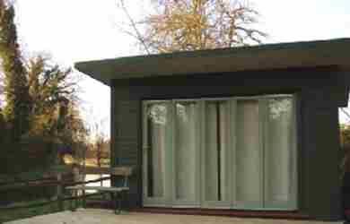 Garden Office With Sliding Doors Case Study 01